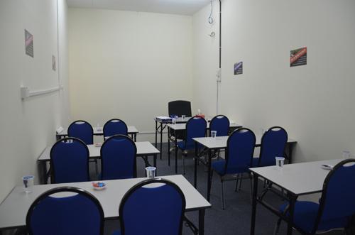kursus-latihan-kelas-untuk-disewa-rental-room-sewaan